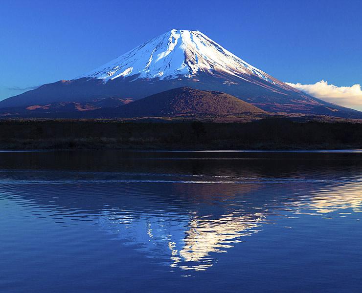 富士山-信仰の対象と芸術の源泉(山梨県・静岡県)