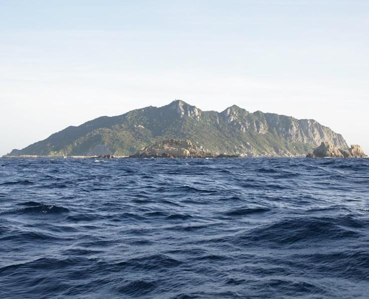 「神宿る島」宗像・沖ノ島と関連遺産群(福岡県)